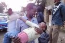 Dr. Asrate Zemede mit einem Patenkind.
